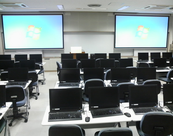 豊田工業高等専門学校校内画像