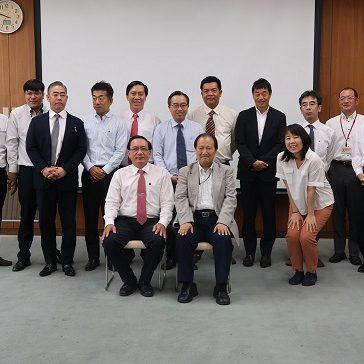 ベトナムの技術教育関係者が豊田高専を訪問